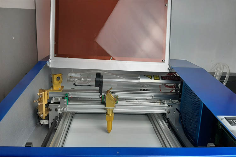 đầu khắc laser